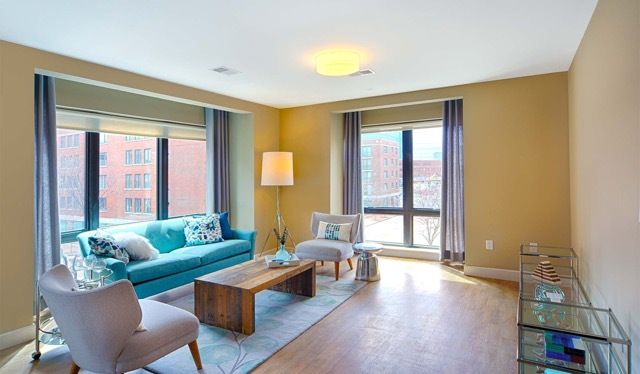 Axiom Apartment Homes living area