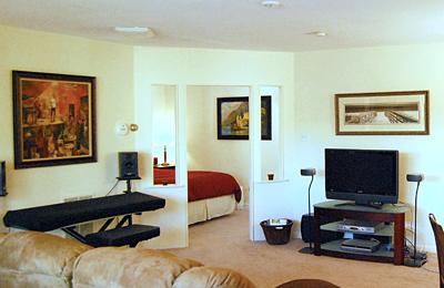 Beacon Village Apartments living room