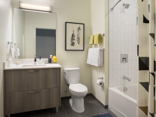 One North of Boston bathroom