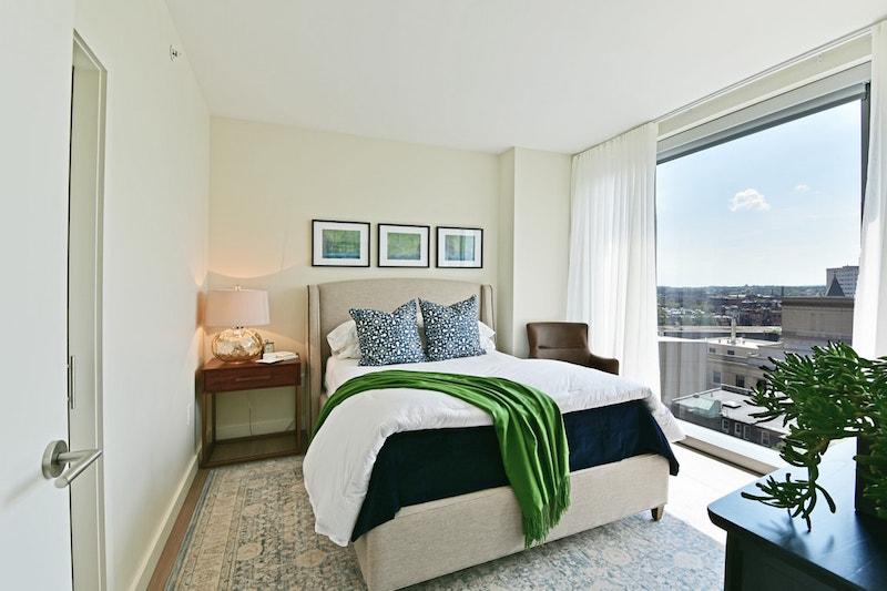 30 Dalton bedroom