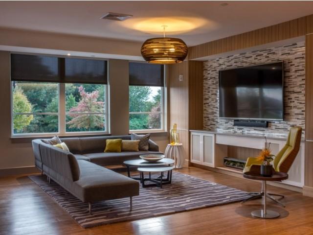 lumiere lounge