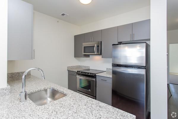 625 McGrath kitchen
