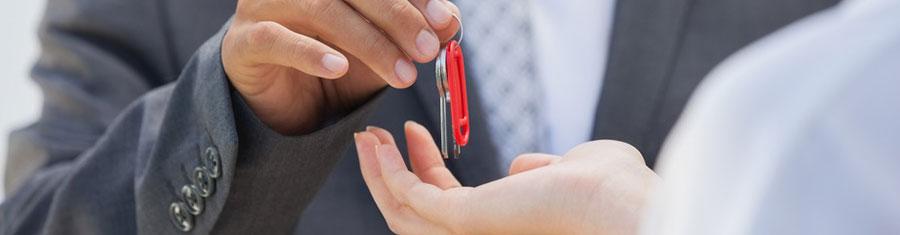 Landlords List an Available Apartment