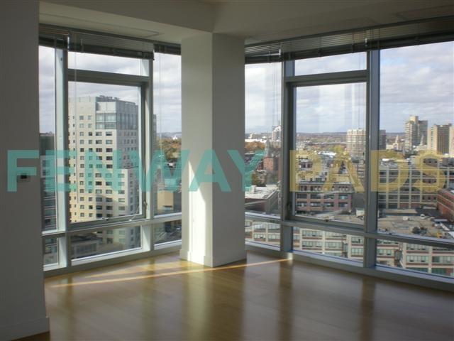 1330 Boylston Street Living Views