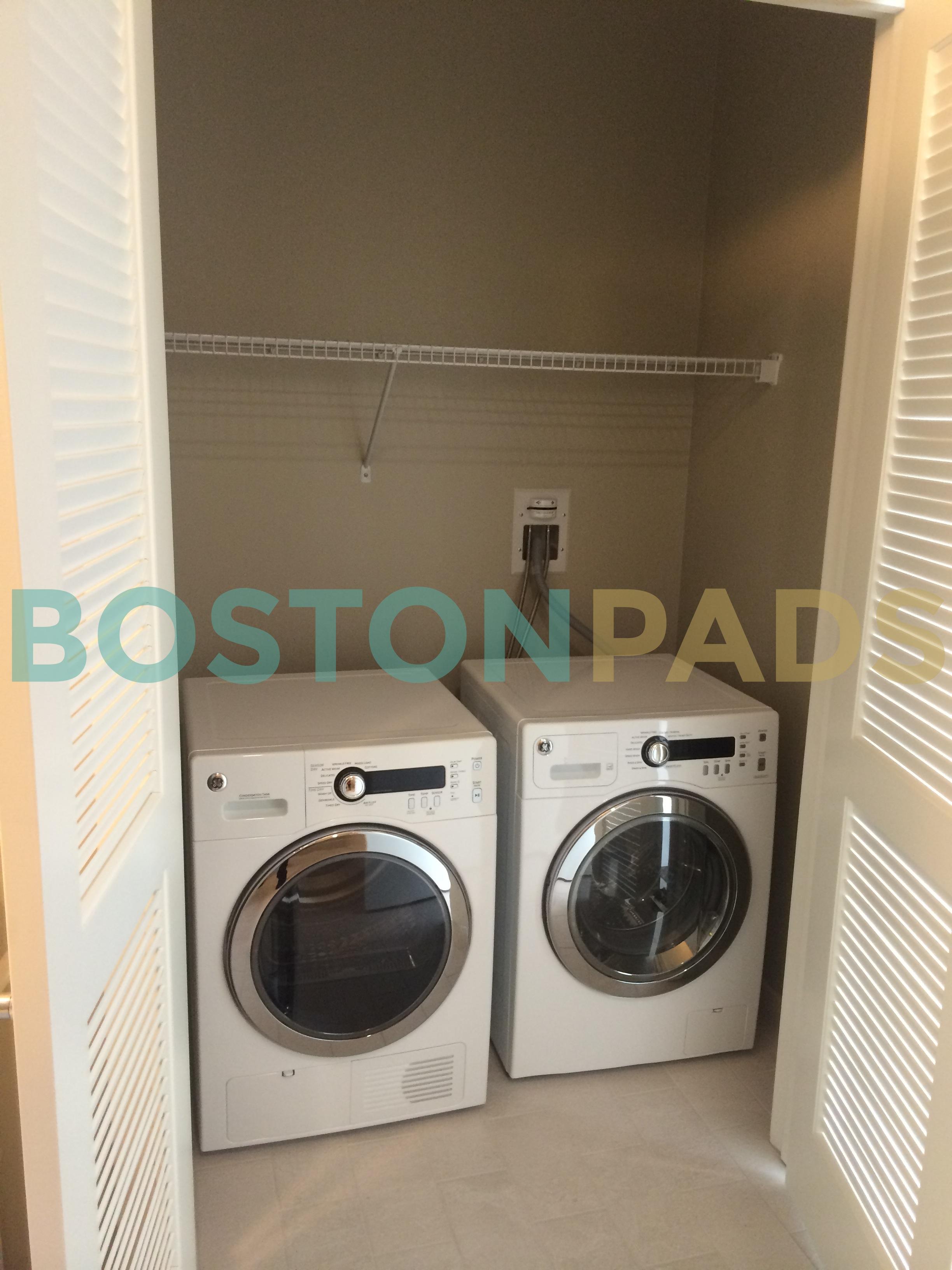 Waterside Washer Dryer