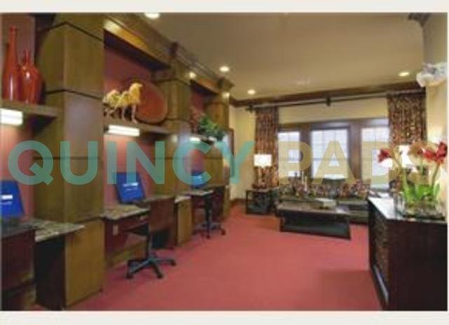 Quarry Hills Apartments lounges