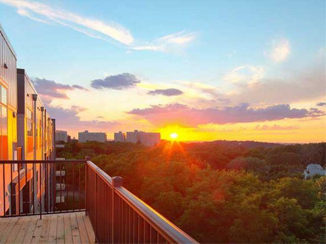Avalon Quincy balcony