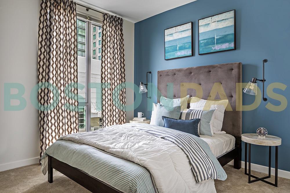 Flats on D bedroom
