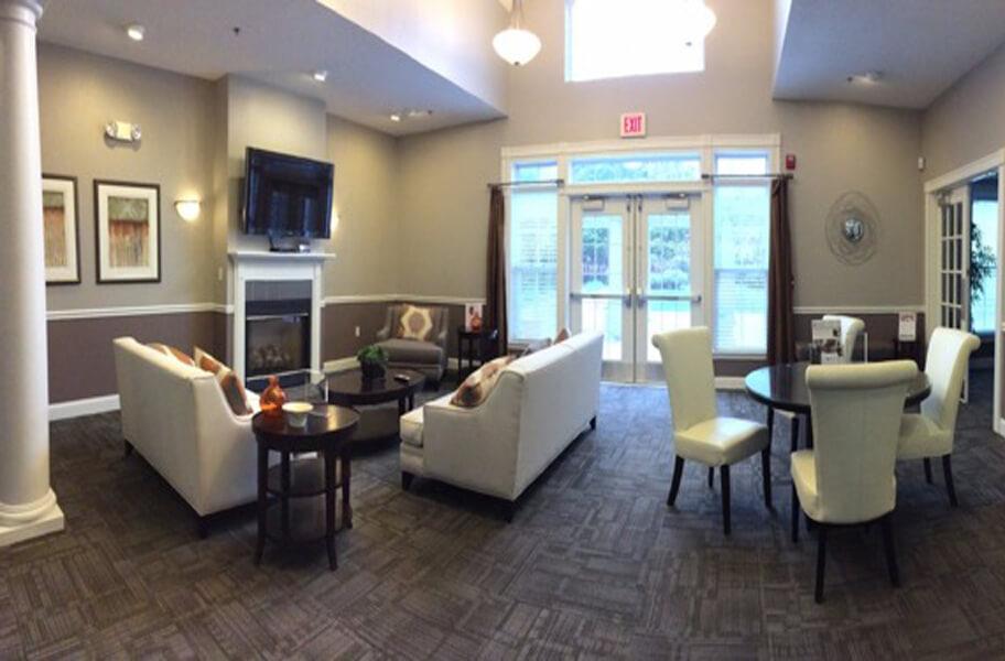 Hawthorne Commons Living Room