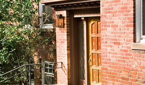 Auburn Harris Courtyard Brookline main entry
