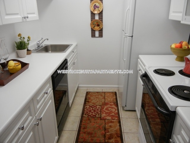 2 Beds 1 Bath - Boston - West Roxbury $1,975 - Boston - West Roxbury $1,975 - Boston - West Roxbury $1,975