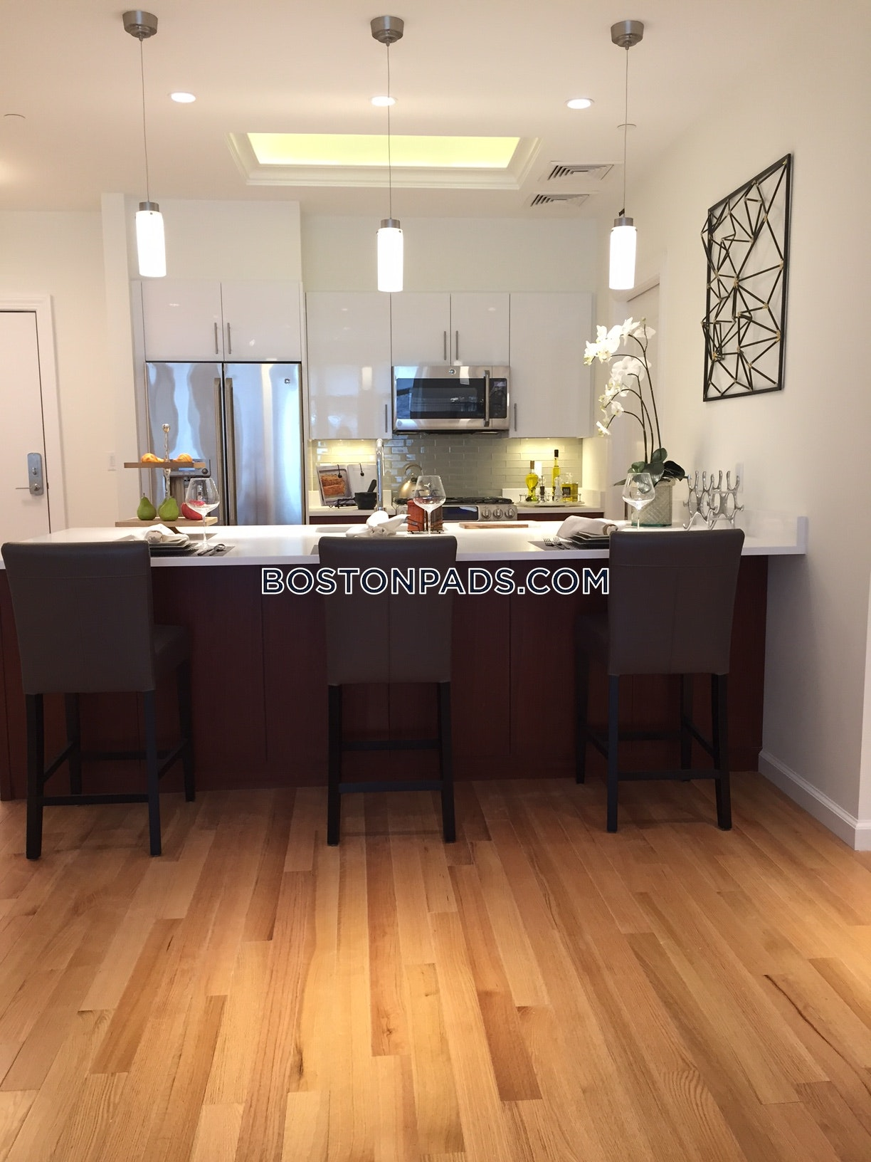 2 Beds 2.5 Baths - Brookline - Chestnut Hill $6,440 - Brookline - Chestnut Hill $6,440
