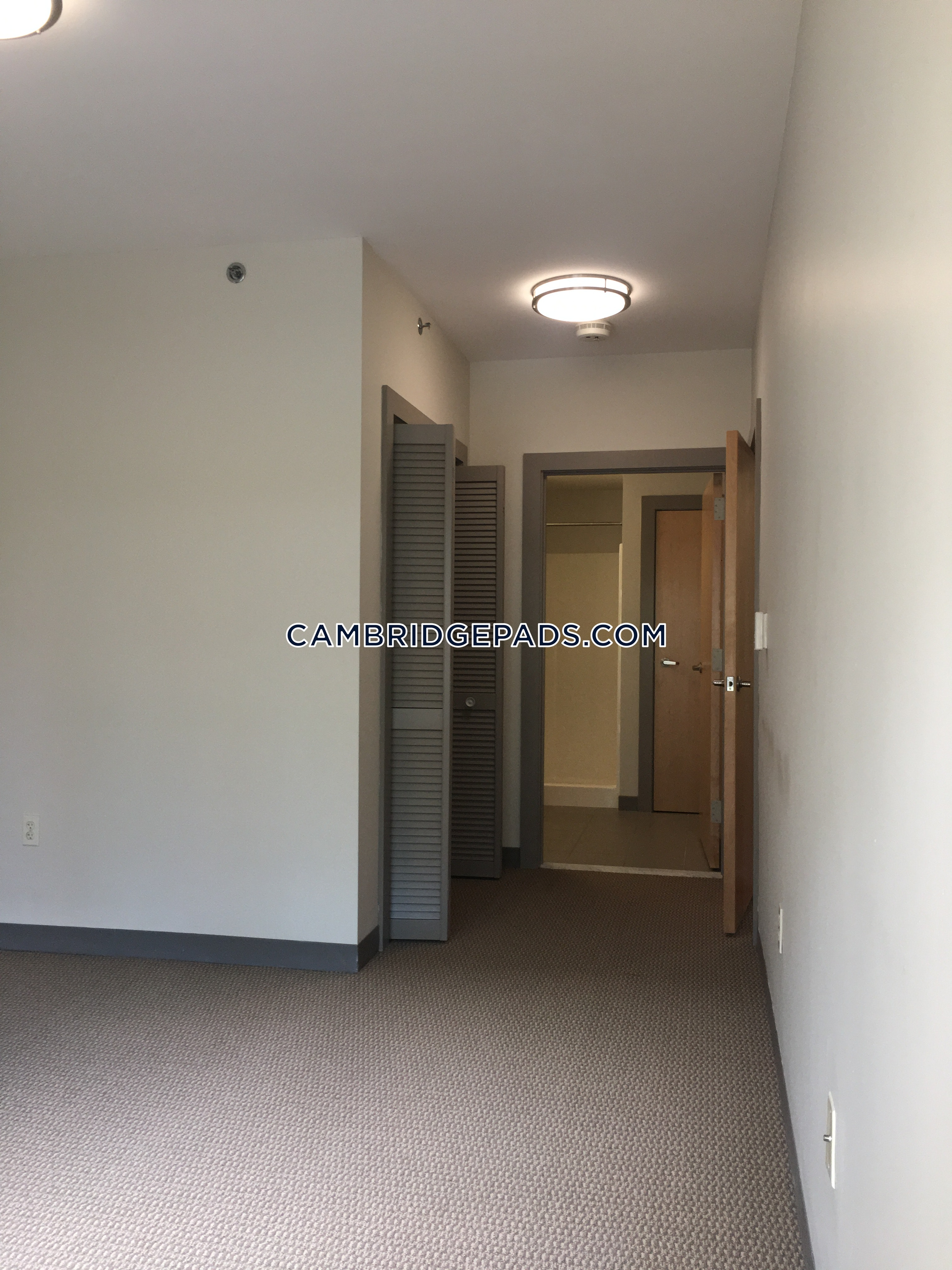 2 Beds 2 Baths - Cambridge - Kendall Square $3,200